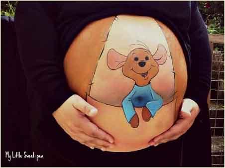 Barrigas de embarazadas pintadas